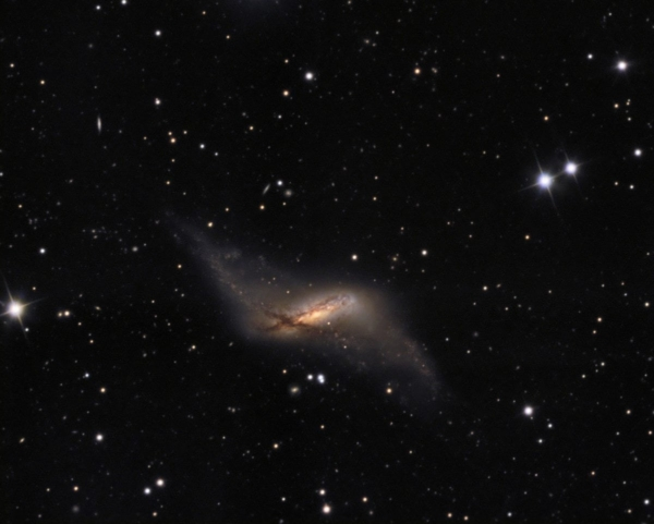 Photo of galaxy NGC660 by Ken Crawford.