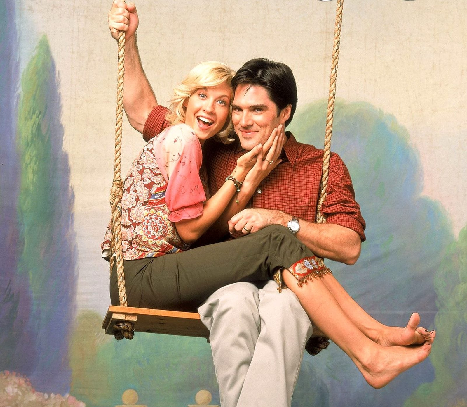 Photo of Jenna Elfman and Thomas Gibson from the television series DHARMA & GREG.