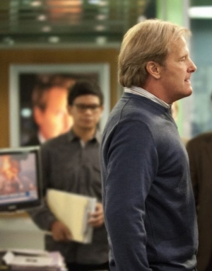 Fellow Americans: photo of Jeff Daniels from THE NEWSROOM.
